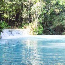 Türkisblaue Pools von Tat Kuang Si