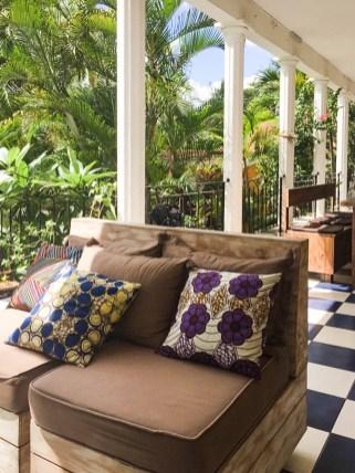 Bunte Kissen in der Villa Anakao auf Mauritius