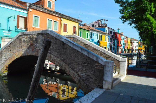 Bridge and houses of Burano