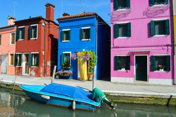 Variety of colors at a Burano canal