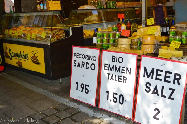 Organic cheese at Luigino's