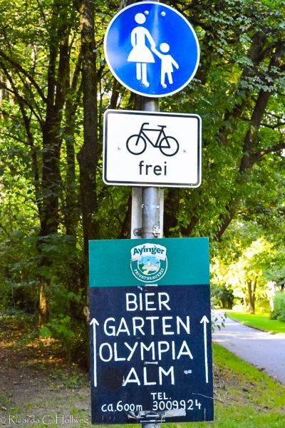 Signposting Olympiaalm Munich