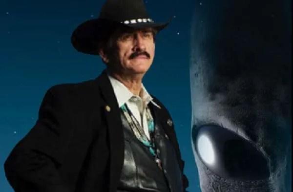 Деръл Симс, бивш агент на ЦРУ: Извънземните са хищни! (видео)