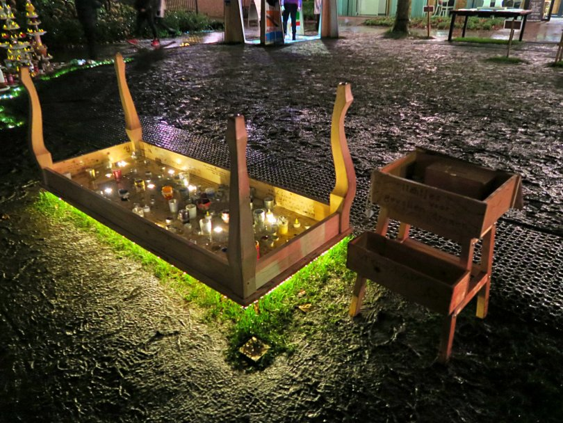 "Part of ""Tafeltje dekje, A fairy tale in light"" by Stichting Schoolbuurtwerk. Stetting Schoolbuurtwerk develops education projects for children and primary schools. Ten art tables were created in collaboration with other artists."