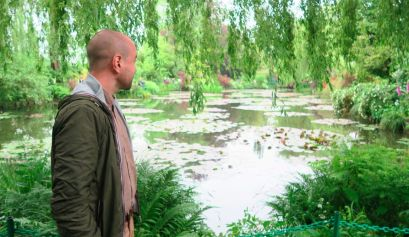 Giverny Monet water lily pond