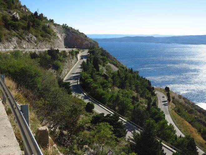 Küstenstraße zwischen Omis und Makarska