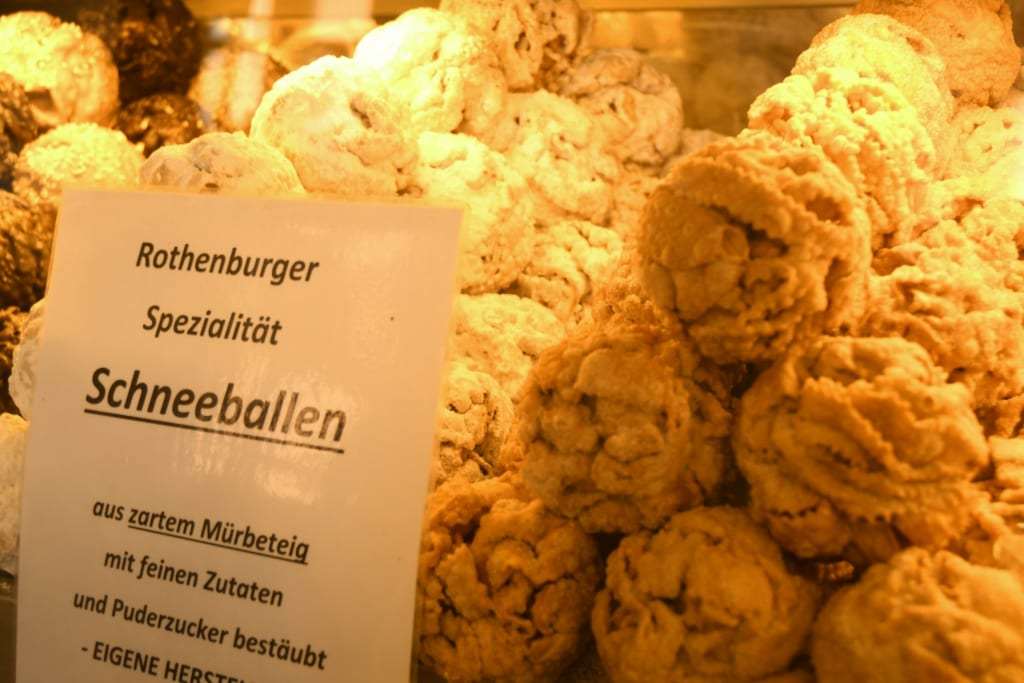 Schneeballen in Rothenburg ob der Tauber