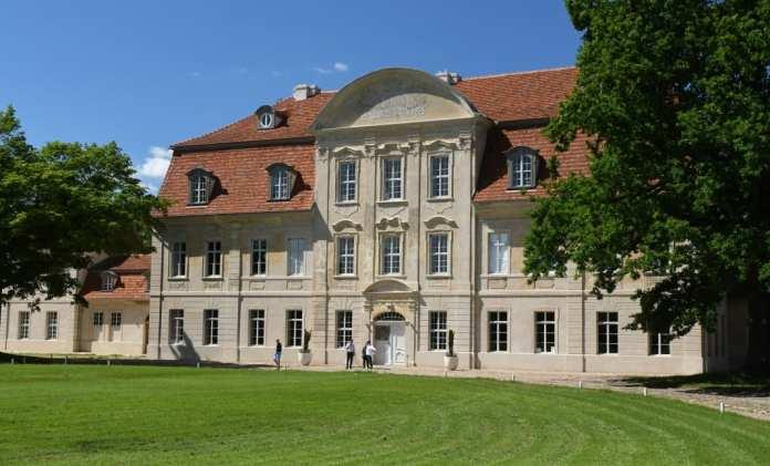 Schloss Kummerow am Kummerower See in Mecklenburg