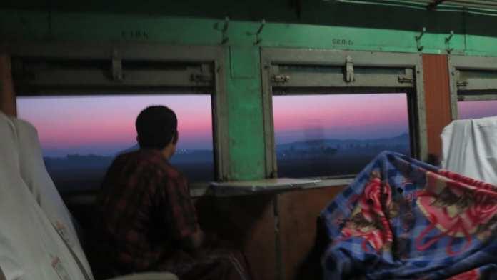 Mit dem Zug durch Myanmar