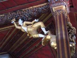 Schnitzkunst in Myanmar