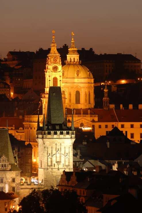 Prager Türme im Abendlicht