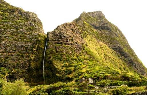 Wasserfall auf Flores (Azoren)