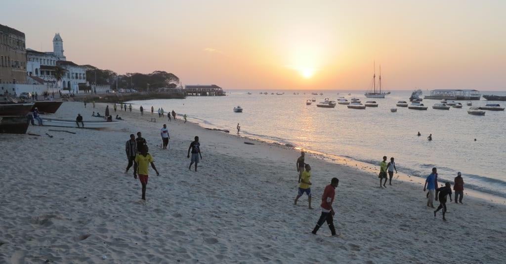 Sonnenuntergang in Stone Town auf Sansibar