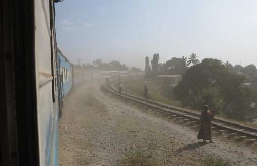 Bahnhof in Sambia Tazara Train