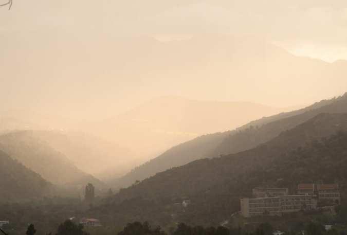 Hügel im Nebel im Hinterland von Agia Galini auf Kreta