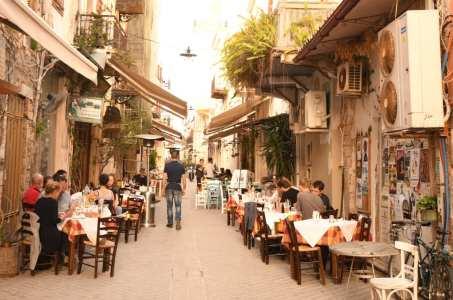 Tavernengasse in Chaniá auf Kreta