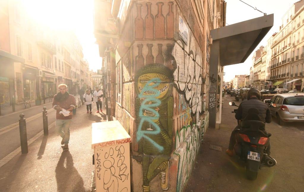 Straßenszene rund um den Cours Julien