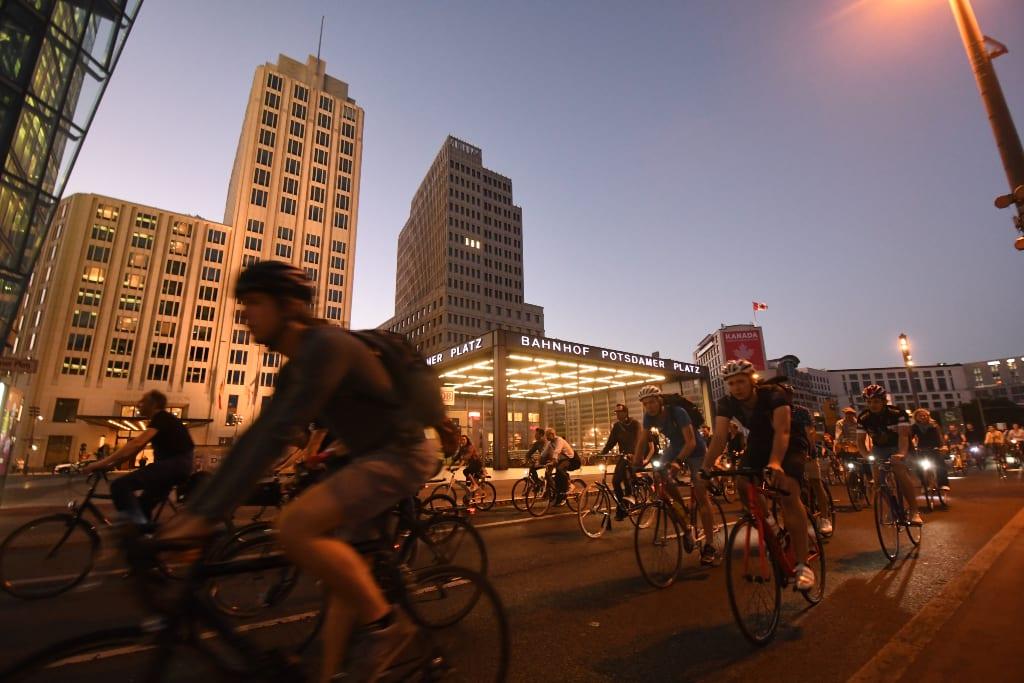 Fahrradfahrer am Potsdamer Platz