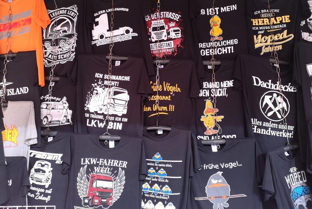 T-Shirts mit doofen Sprüchen