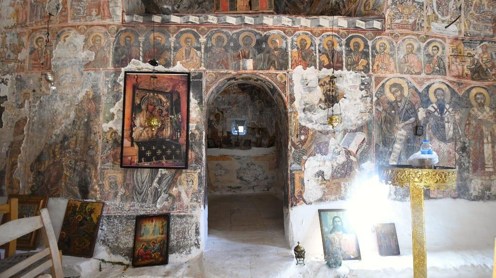 Fresken einer mittelalterlichen Kapelle