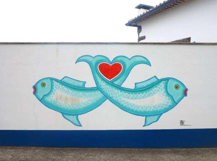 Fische mit rotem Herz