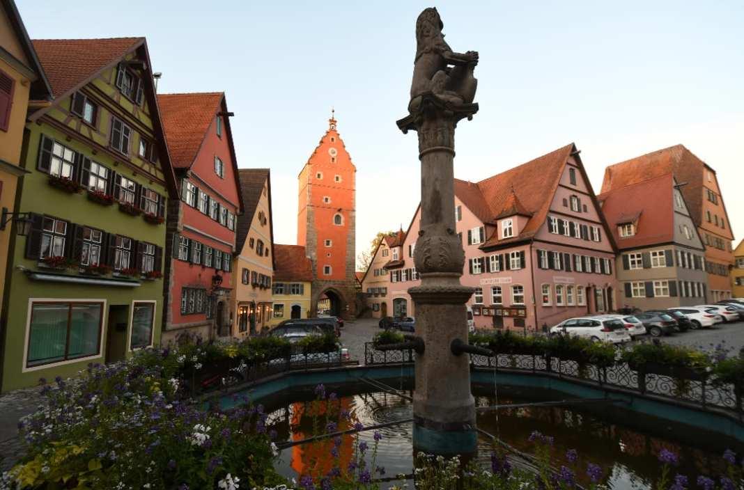 Löwenbrunnen am Wörnitzer Tot