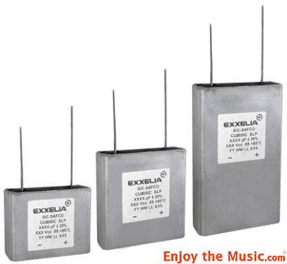 Exxelia_Flat_Pack_Electrolytic_Capacitor
