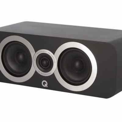 Q Acoustics 3090 Ci è un diffusore centrale nero