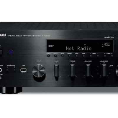 Yamaha R-N803D è un sintoamplificatore stereofonico nero