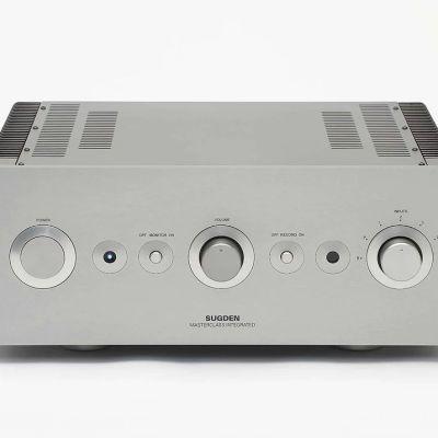 Sugden Masterclass IA-4 è un amplificatore integrato in classe A