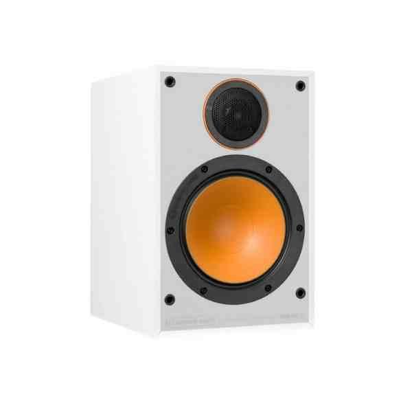 Monitor Audio Monitor 100 è un diffusore da stand bianco aperto