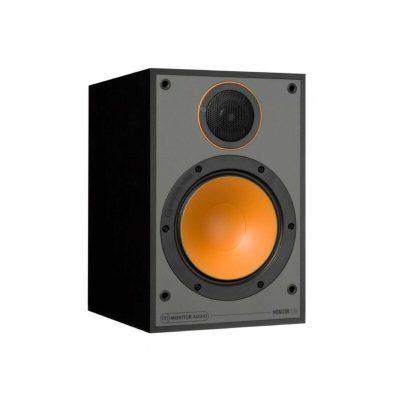 Monitor Audio Monitor 100 è un diffusore da stand nero aperto