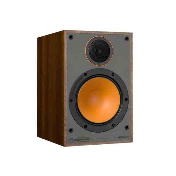 Monitor Audio Monitor 100 è un diffusore da stand noce aperto