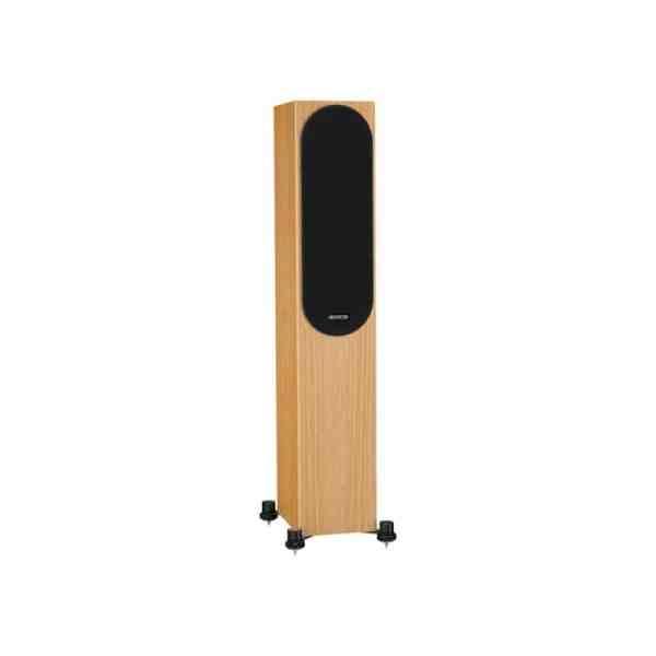 Monitor Audio Silver 200 6G è un diffusore da pavimento rovere naturale griglia