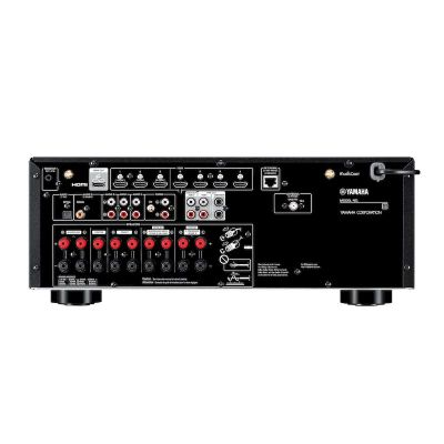 Yamaha RX-V6A è un sintoamplificatore audio video retro