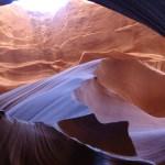 【アンテロープキャニオン】ナバホ族が守る幻想的な渓谷!