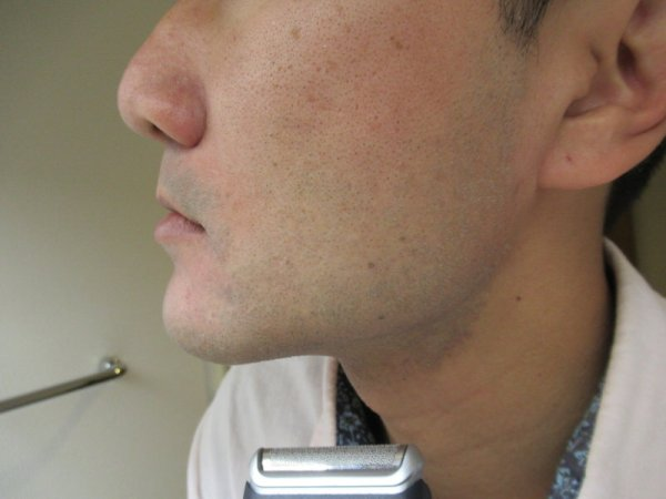 ヒゲを剃った後:電池式携帯シェーバーM90