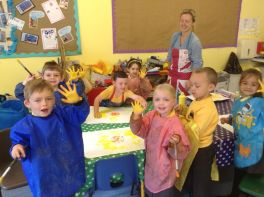 Reception paint Sunflowers by Van Gogh - June 2015[11]