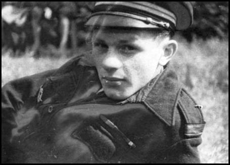 Le comte Roland de La Poype, l'un des quatorze pilotes pionniers du régiment Normandie-Niémen.