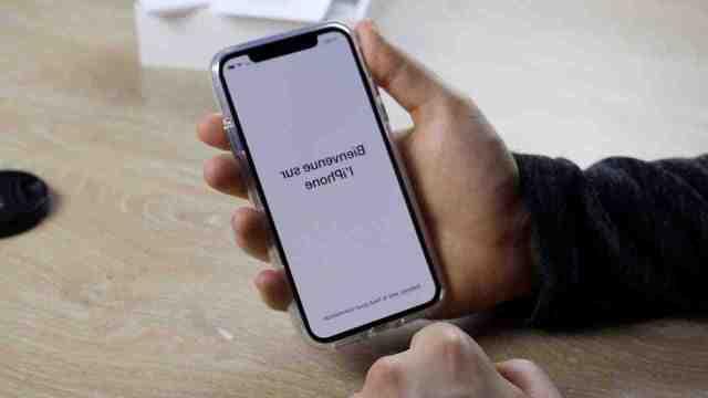 Comment demarrer mon iPhone XR ?