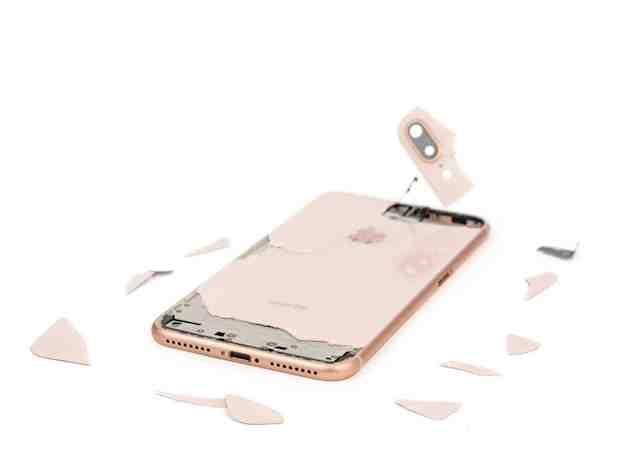 Comment réparer le derrière d'un iPhone ?