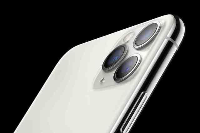 Est-ce que l'iPhone 12 Pro va sous l'eau ?