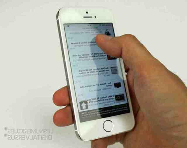 Est-ce que l'iPhone 12 va dans l'eau ?