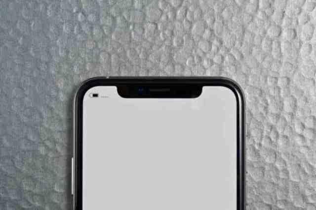Pourquoi le micro de mon iPhone grésille ?