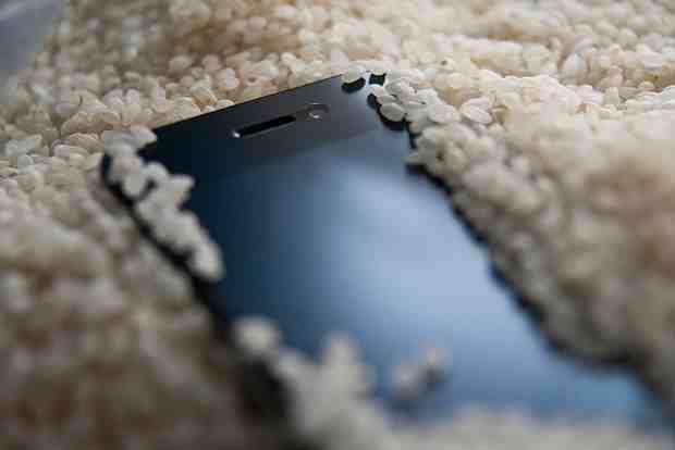 Quand l'iPhone charge mais ne s'allume pas ?
