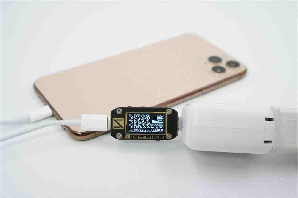 Quel adaptateur pour iPhone XR ?