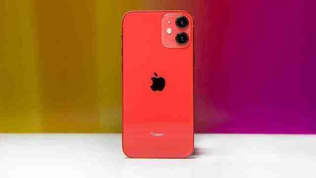 Quel iPhone est vendu sans chargeur ?