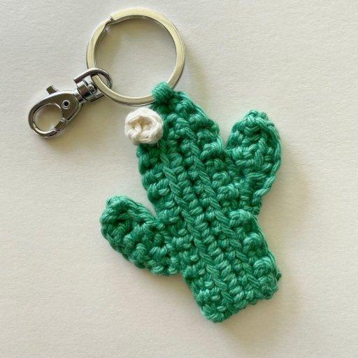 sierra saguaro crochet keychain high desert yarn