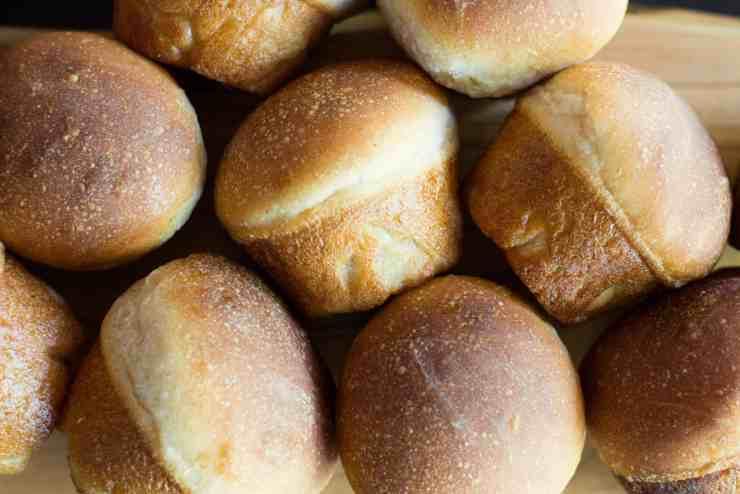 image of many crispy bottomed sourdough buns