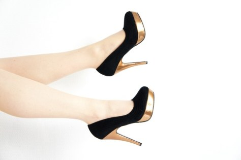 How to dress up suede heels